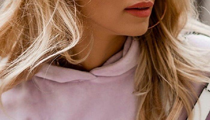 Bluzy oversize: trend na wiosnę